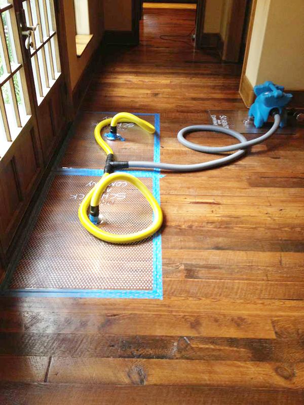 Floor drying mats